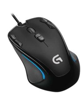 Foto dall'alto del mouse Logitech G300s