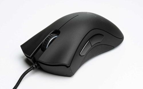 Il Razer Mamba, uno dei migliori mouse da gaming