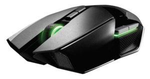 Vista sinistra-frontale del mouse da gioco Razer Ouroboros
